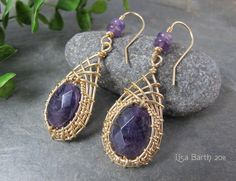 Woven Bezel Ear RIngs | JewelryLessons.com