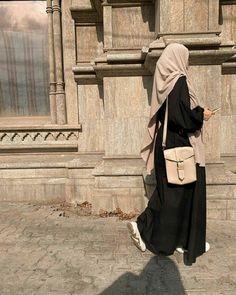Modern Hijab Fashion, Hijab Fashion Inspiration, Abaya Fashion, Muslim Fashion, Hijab Niqab, Hijab Chic, Mode Hijab, Hijabi Girl, Girl Hijab