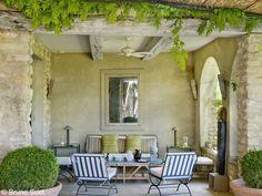 Salon d'été d'une maison en Provence