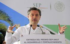 Los mexicanos y sus tres niveles de gobierno deben aprovechar la reforma educativa para transformar al país, afirma el secretario de Educación, Aurelio Nuñ