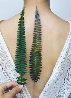 Made by Pis Saro Tattoo Artists in Sevastopol, Ukraine Region Pis Saro Tattoo, Botanisches Tattoo, Hanya Tattoo, Tattoo Trend, Tattoo Spine, Back Tattoos Spine, Flower Tattoos, Leaf Tattoos, Body Art Tattoos