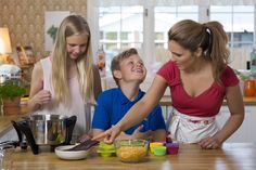 Me and my kids in the kitchen making Ebba´s meals from Pure Ebbas recipes:)