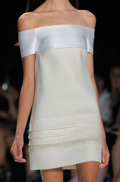 J. Mendel Spring 2014 / Simple and extremely elegant ... very beautiful. Minimalist!