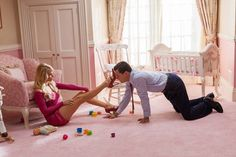 Pin for Later: He's How Much Older? The Biggest Onscreen Age Differences Margot Robbie and Leonardo DiCaprio: 16 years The Wolf of Wall Street likes 'em young. DiCaprio is 39 years old in real life, while his onscreen wife is just Margot Robbie Fotos, Margot Robbie Wolf, Margot Robbie Birthday, Vrai Gentleman, Jordan Belfort, Camila Morrone, Wolf Of Wall Street, King Of The World, Beatrix Potter