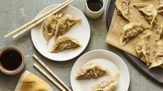These dumplings are stuffed with a savory pork and scallion filling then steamed to perfection. The dipping sauce is salty and sweet with a just a hint of chili oil. Best Chinese Food, Easy Chinese Recipes, Asian Recipes, Chinese Pork, Oriental Recipes, Oriental Food, Small Food Processor, Food Processor Recipes, Coleslaw Mix