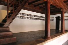Conservation of Paliam Nalukettu in Muziris is by Chennai based Benny Kuriakose Kerala Traditional House, Traditional Homes, Traditional Interior, Kerala Architecture, Ancient Architecture, Love Home, My Dream Home, Kerala Homes, Indian House
