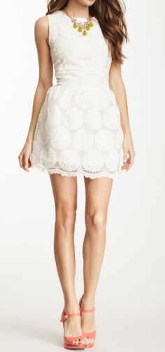 Sunflower Lace Dress / gracia