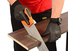 When sawing select a good quality, sharp saw with a minimum of 14 teeth per 25mm
