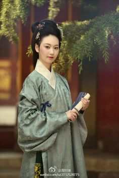 Hanfu is Chinese Traditional Clothes and I had to say Chi-pao is one of fashionable clothes in China.