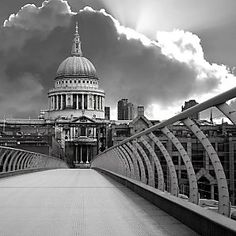 Millenium Bridge, favorite bridge in London Millennium Bridge, London Landmarks, London Attractions, Contemporary Frames, London Photography, London Photos, London City, Canvas Frame, High Quality Images