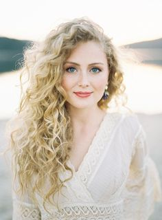 curly hairstyles bridesmaid