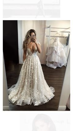 Traditional Wedding Dresses With Sleeves - New ideas Wedding Dress Gallery, Cute Wedding Dress, Wedding Dress Trends, Dream Wedding Dresses, Bridal Dresses, Bridesmaid Dresses, Prom Dresses, Wedding Ideas, Buy Wedding Dress Online