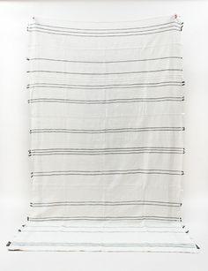 creative women | tablecloth / beach blanket in gray ribbon