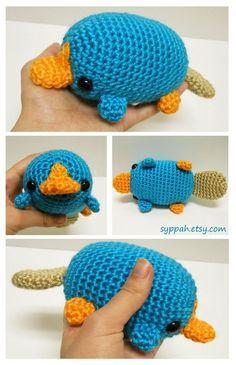New Perry the Platypus Pictures by *syppah on deviantART - Amigurumi Kawaii Crochet, Crochet Diy, Crochet Crafts, Yarn Crafts, Crochet Animal Patterns, Crochet Patterns Amigurumi, Crochet Dolls, Knitting Patterns, Yarn Projects