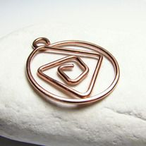 An object that can be used in various ways : as a bookmark, as a planner clip, as a decorative paperclip, as a money clip, instead of a simple paper clip. I made this one of copper, but I can also make one of brass wire, or stainless steel. The clip holds very well.  Measurement - about 3 cm x...