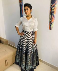 Navya Nair the Beautiful Indian Actress. Indian Fashion Dresses, Indian Gowns Dresses, Dress Indian Style, Indian Designer Outfits, Indian Skirt, Lehenga Designs, Kurta Designs, Stylish Dresses For Girls, Stylish Dress Designs