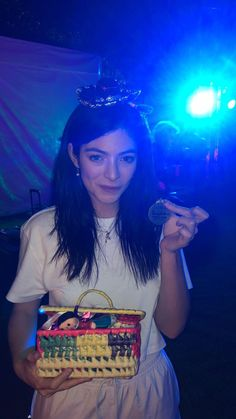 Lorde, Dorm Art, Save The Queen, Ross Lynch, She Was Beautiful, Celebs, Celebrities, Music Artists, Girl Power