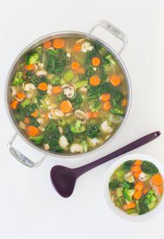 Tips For detox recipes - Detox dinner Detox Recipes, Soup Recipes, Healthy Recipes, Epicure Recipes, Cooking Recipes, Epicure Steamer, Healthy Detox Soup, Detox Foods, Clean Eating Recipes