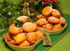 Receita de Filhós de abóbora e laranja. Descubra como cozinhar Filhós de abóbora e laranja de maneira prática e deliciosa com a Teleculinaria!