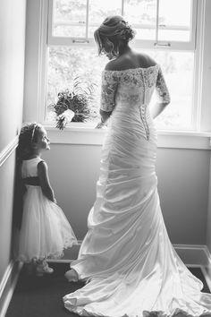 back of autumn wedding dress