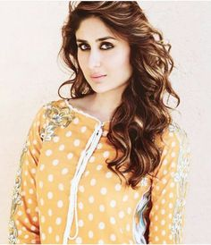 Kareena Kapoor Khan, Indian Suits, Salma Hayek, Polka Dot Top, Bollywood, Celebrity Style, Celebs, Celebrities, Actresses