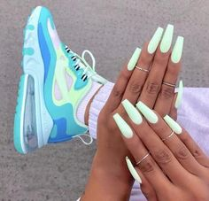 39 Superb Summer Nails You Must Try – neon nail art Bright Summer Acrylic Nails, Simple Acrylic Nails, Best Acrylic Nails, Summery Nails, Nail Swag, Neon Nails, Pastel Nails, My Nails, Gold Nails