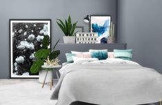Pillows and Posters by ViikiitaStuff for The Sims 4