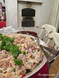 Ruokapankki: Chilipastasalaatti Ketogenic Recipes, Diet Recipes, Vegan Recipes, Keto Results, Keto Dinner, Pasta Salad, Potato Salad, Brunch, Food And Drink