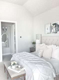 Elegant White Bedroom Decorating Ideas For Winter - It is often said that bedroom design has a tendency to reflect the season's fashion and so with the onset of winter and with Christmas fast approachin. Cozy Bedroom, Home Decor Bedroom, Bedroom Ideas, Winter Bedroom, Bedroom Inspiration, Dream Rooms, Dream Bedroom, White Bedroom Furniture, Master Bedroom Design