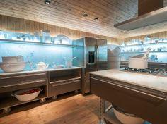Inox transforma cozinha em ambiente sofisticado e funcional - Terra Brasil