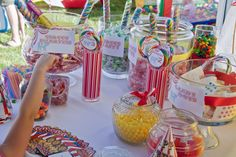 carnival cake table ideas | Circus Carnival Party