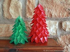 Aren't you looking for fun DIY plastic spoon craft projects? In this article, we will show you some DIY projects about plastic spoons. Plastic spoons are more than just utensils. With a few plastic spoons, Unique Christmas Trees, Mini Christmas Tree, All Things Christmas, Christmas Decorations, Christmas Holidays, Cheap Christmas, Plastic Spoon Crafts, Plastic Spoons, Plastic Bags