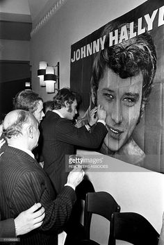 Johnny Hallyday in the sixties in France - Johnny Hallyday is in Apville signing autographs in France on August 12, 1966.