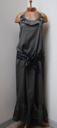 robe longue à volants