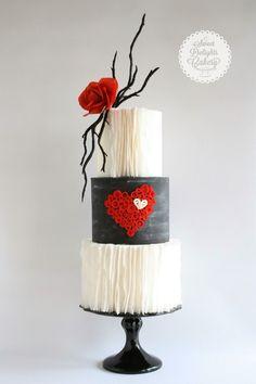 Dia dos namorados red and black wedding cake design with heart motif