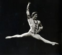 Mikhail Baryshnikov with Royal Ballet in 'Romeo and Juliet' (choreography by Kenneth MacMillan, music by Serge Prokofiev). First performed by Baryshnikov in London, October 22, 1975