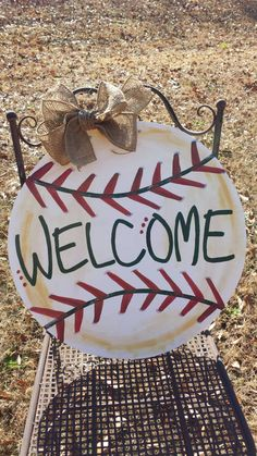 The baseball lover in your family will love this personalized wooden baseball door hanger! Item is made of wood, hand painted, and sealed with a protective finish. A burlap bow is added for the perfect vintage look. *Glitter can…Read Kids Woodworking Projects, Awesome Woodworking Ideas, Best Woodworking Tools, Woodworking Organization, Japanese Woodworking, Woodworking Workbench, Woodworking Workshop, Woodworking Techniques, Woodworking Supplies
