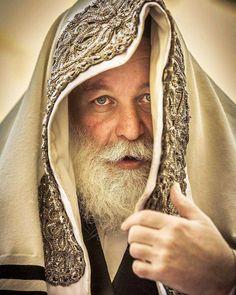 Shabbat Shalom from Jerusalem ❤ Pic b Cultura Judaica, Arte Judaica, Jewish History, Jewish Art, Shabbat Shalom Images, Messianic Judaism, Visit Israel, Prophetic Art, Israel Travel