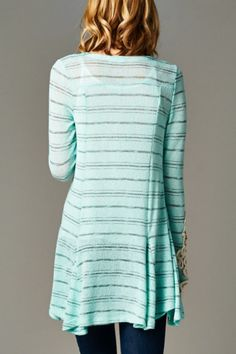 Love this top, such a pretty color.