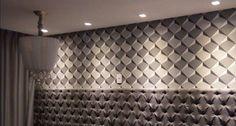 #projetosHAUS Na casaKRETZER tudo pronto para as fotos. Detalhe para a suíte master que recebeu papel de parede geométrico contemporâneo e uma cabeceira capitonê inteira na parede. Lindo, Lindo!! Em breve as fotos oficiais.    #Haus #architecture #design #decoração #interiordesign #interiores #instadecor #homedecor #designdeinteriores #arquitectura #archilovers #projeto #decoration #interior #instadesign #homedesign #instahome #architect #lifestyle #interiorstyling #interiordecor #interiors…