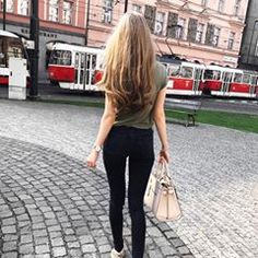 Wavy style😍👸🏼 #longhair #hair #longhaircut #longhairgoals #longhairstyles #longhairstyle #hairstyle #hairstylist #hairsalon #hairlove #hairofinstagram #hairoftheday #longhairgirl #longhairmodel #hairmodel #hairgoals #hairinspo #longhairinspo #longhairgoals #booty🍑 #fashion #hairfashion #hairfetish #mysuperlonghair #sexiesthair #hairfeature #feature #featureme #featuremyhair #longhairfashion