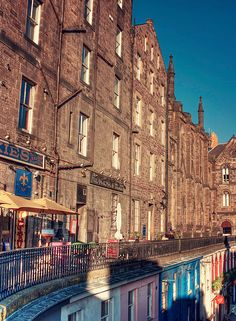 Grassmarket, Edinburgh, just next to one of my favourite hotels (missoni) and one of my fabourite shops (armstrongs)