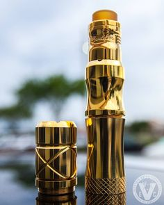 One of the best features of the latest mech mods by Vaperz Cloud has to be their ability to be upgraded with these new mod sections we carry at EVCigarettes! ____________________________ ️XXV 25mm Top Section ️XXX Mech Mod Bottom Section w/ Comp-S Switch ️X-tension For XXX Mod