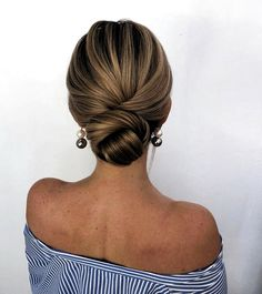 trendiest updos for medium length hair 4 ~ thereds.me trendiest updos for medium length hair 4 ~ thereds.me,Beauty trendiest updos for medium length hair 4 ~ thereds. Updos For Medium Length Hair, Up Dos For Medium Hair, Medium Hair Styles, Curly Hair Styles, Hair Medium, Medium Hair Updo Easy, Updo For Short Hair, Casual Updos For Medium Hair, Casual Hair Updos