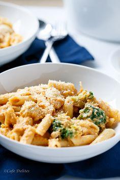 Creamy Pumpkin Chicken and Broccoli Alfredo | http://cafedelites.com