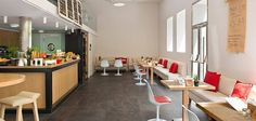 Cafetería del Hotel Innside Madrid Suecia con solado de filita JBERNARDOS  http://www.naturpiedra.com/fichaMaterial.php?id=100&tipo=piedras