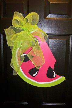 Have a Sweet of July! Burlap Art, Burlap Crafts, Wood Crafts, Wooden Door Hangers, Wooden Doors, Crafts To Do, Diy Crafts, Watermelon Crafts, Front Door Decor