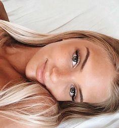 Makeup Looks – hacks beauty makeup Beauty Make-up, Beauty Skin, Hair Beauty, Diy Beauty Hacks, Model Tips, Natural Summer Makeup, Natural School Makeup, Natural Makeup For Blondes, Natural Makeup For Teens