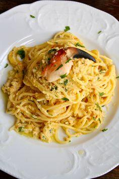 Pasta med krabbe og persille