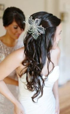 Wedding Hairstyle Inspiration - Photo: Abby Grace Photography